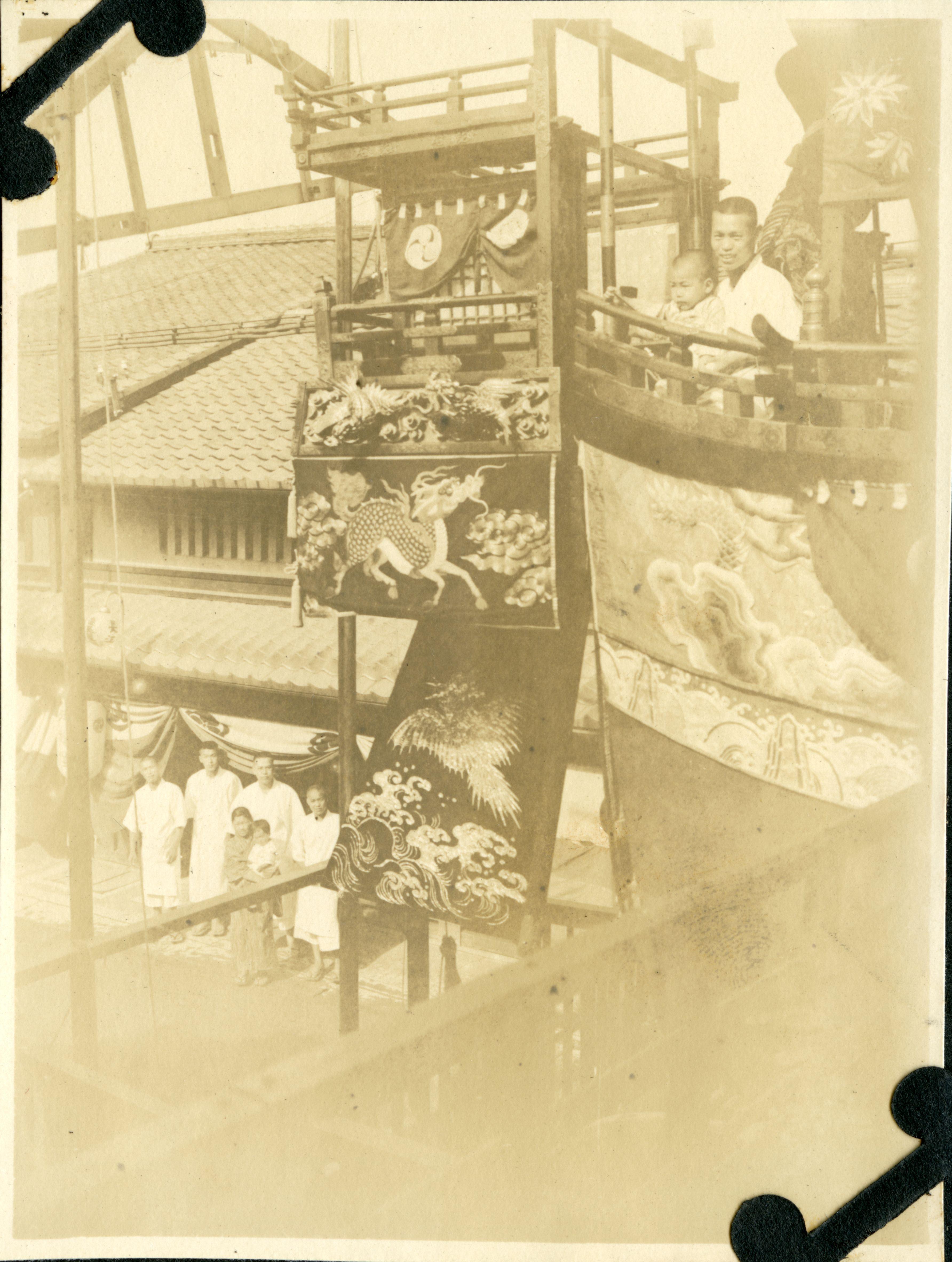 船鉾の艫櫓と長江商店